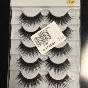100% mink NIB long false eyelashes. 5 pairs.